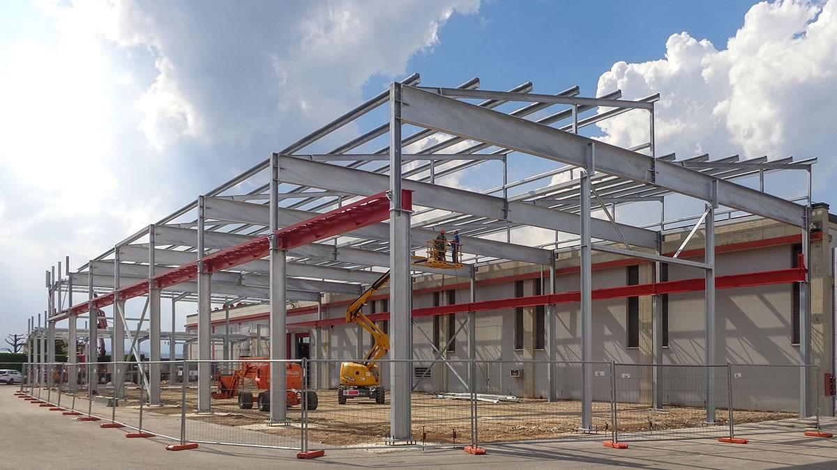 Capannone industriale in acciaio a Cartigliano, Vicenza (1)